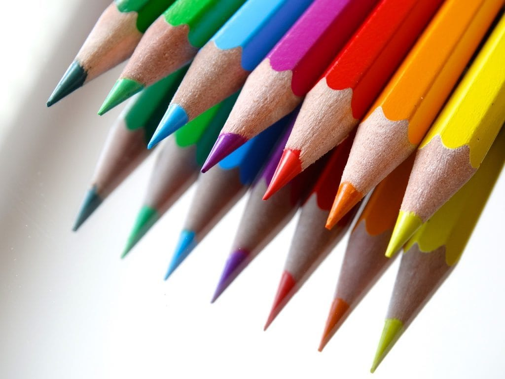 colored-pencils-sponsor-tips