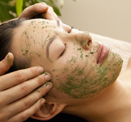 Miki Green Mask long